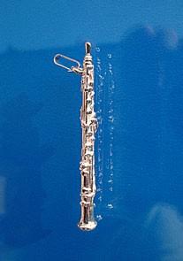 """Oboe"" als Anhänger"